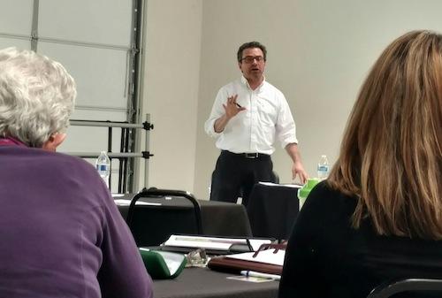 Workshop leader Steve Barberio speaks during a recent workshop. (NM News Port/Marissa Higdon)
