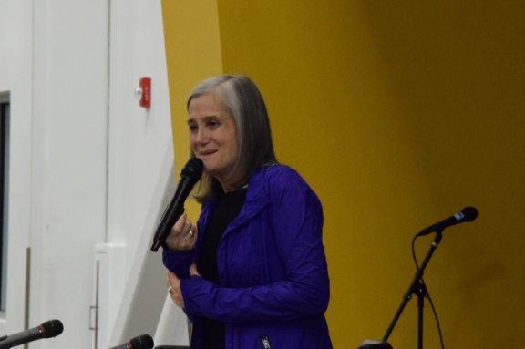 "Amy Goodman, the executive producer and host of ""Democracy Now!"" spoke during a fundraising event for RFK High School. Photo by Kateri Zuni / NM News Port"