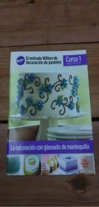 Course one magazine, for cake decorating classes. The first magazine Avila gives her students when the classes begin.